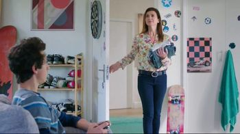 Febreze Unstopables TV Spot, 'Try It Again and Again' - Thumbnail 2