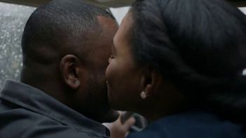 Hershey's TV Spot, 'Heartwarming the World: Husband & Wife' - Thumbnail 8