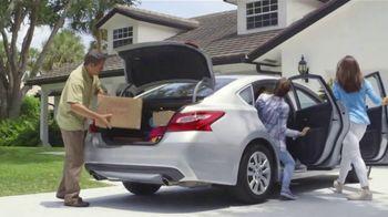 National Tire & Battery TV Spot, 'Dorm: Conventional Oil Change' - Thumbnail 2
