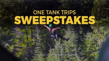 Honda Summer Spectacular Event TV Spot, 'One Tank Trip Sweepstakes' [T2] - Thumbnail 6