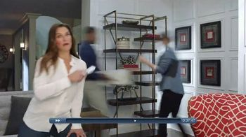 La-Z-Boy Super Sofa Sale TV Spot, 'Get to the End' Featuring Brooke Shields - Thumbnail 6