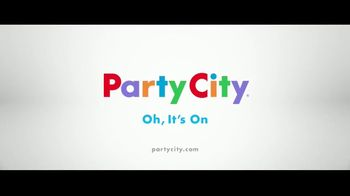 Party City TV Spot, 'They're Coming' - Thumbnail 10