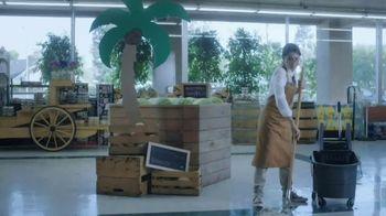 Hi-Chew TV Spot, 'Grocery Run' - Thumbnail 6