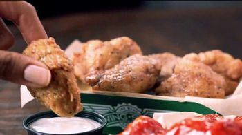 Wingstop Big Night In Bundle TV Spot, 'Not in the Playbook' - Thumbnail 7