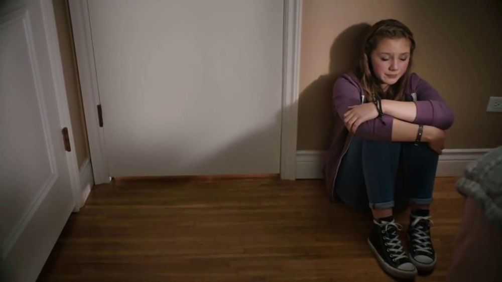 c260b57d009 Hershey's TV Commercial, 'Heartwarming the World: Break Up' Song by Noah  Cyrus - iSpot.tv