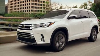 2018 Toyota Highlander TV Spot, 'The Powell Family' [T1] - Thumbnail 4