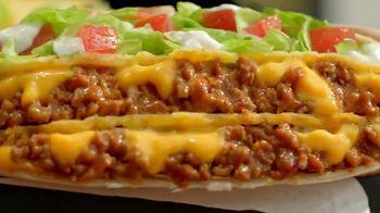 Taco Bell $5 Triple Double Crunchwrap Box TV Spot, 'Ha regresado' [Spanish] - Thumbnail 4