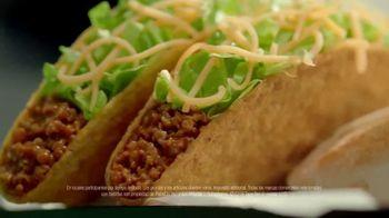 Taco Bell $5 Triple Double Crunchwrap Box TV Spot, 'Ha regresado' [Spanish] - Thumbnail 5