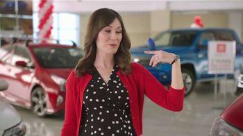 Toyota Summer Starts Here TV Spot, 'Animals' [T2]