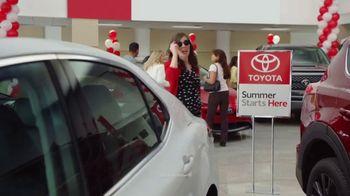 Toyota Summer Starts Here TV Spot, 'Sunglasses' [T2] - Thumbnail 1