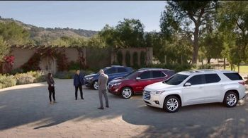Chevrolet TV Spot, 'New Couple' [Spanish] [T2] - Thumbnail 2