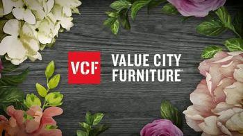 Value City Furniture Pre-Memorial Day Sale TV Spot, 'Double Discount' - Thumbnail 2