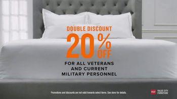 Value City Furniture Pre-Memorial Day Sale TV Spot, 'Double Discount' - Thumbnail 5
