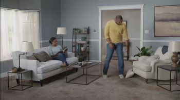 Lowe's TV Spot, 'The Moment: Old Carpet: Stainmaster Deluxe Installation' - Thumbnail 1