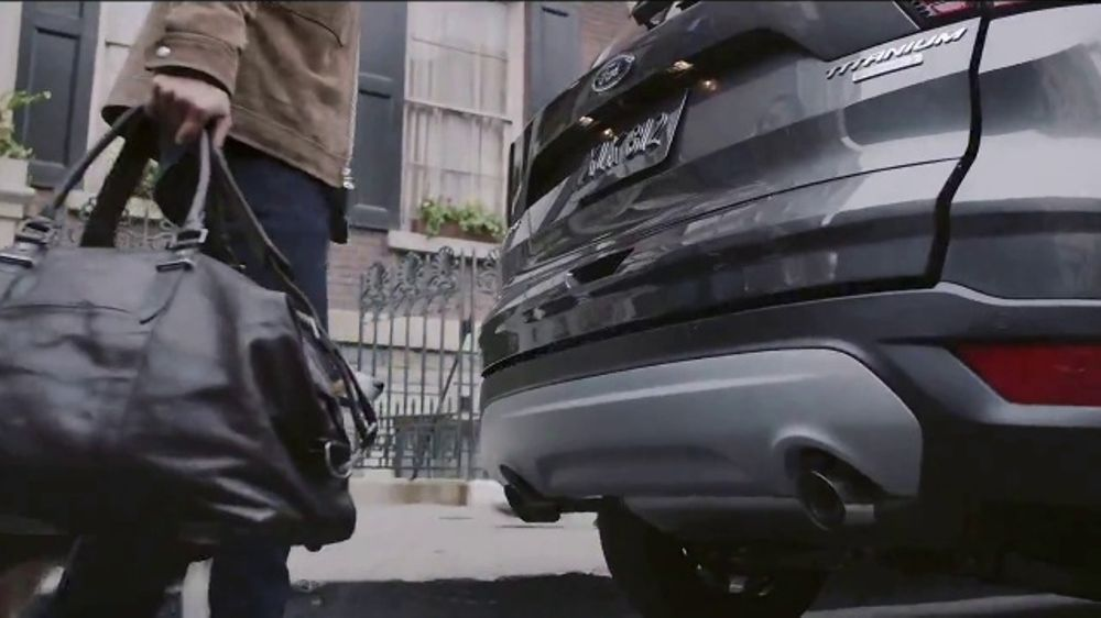 2018 Ford Escape TV Commercial, 'Wanna See a Trick?' [T2] - iSpot.tv