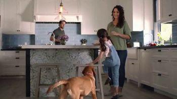 The Home Depot TV Spot, 'Últimos estilos en piso' [Spanish] - Thumbnail 6