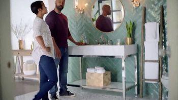 The Home Depot TV Spot, 'Últimos estilos en piso' [Spanish] - Thumbnail 8
