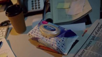 Kleenex Wet Wipes TV Spot, 'Made for Doers' - Thumbnail 10