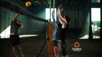 Ashley HomeStore TV Spot, 'Volleyball: Interest-Free Financing' - Thumbnail 4
