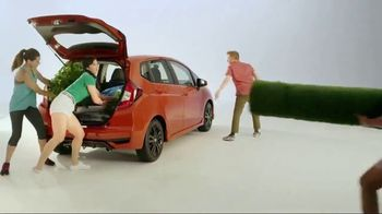 2018 Honda Fit Sport TV Spot, 'Fun Surprises' [T2] - Thumbnail 4