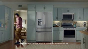 May Is Maytag Month TV Spot, 'Handsy' Featuring Colin Ferguson - Thumbnail 9