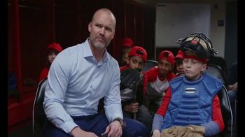 ESPN Analyst David Ross Tries DQ Summer Blizzard Menu