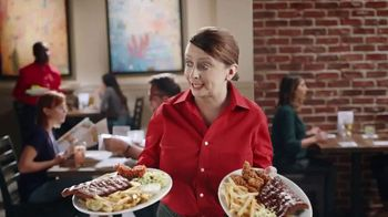 Ruby Tuesday Summer Platters TV Spot, 'Heat or Sweet?' Feat. Rachel Dratch - Thumbnail 6
