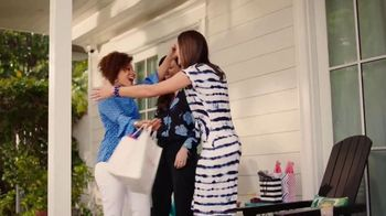 JCPenney TV Spot, ' Mother's Day: Extra $10 Off Gifts' Song by Redbone - Thumbnail 7