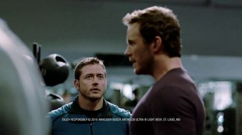 Michelob TV Spot, 'Taking it Seriously' Featuring Chris Pratt - Thumbnail 7