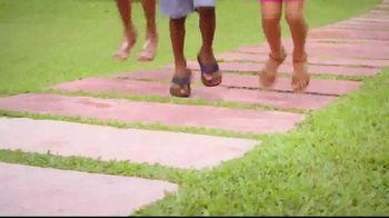 Payless Shoe Source TV Spot, 'Sun Out Fun Out' - Thumbnail 5