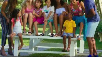 Payless Shoe Source TV Spot, 'Sun Out Fun Out' - Thumbnail 6