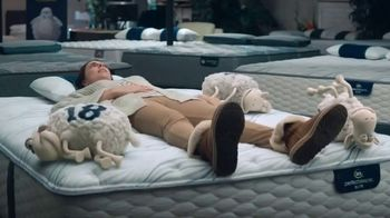 Serta Dare to Compare Mattress Event TV Spot, 'Ann Marie Peebles' - Thumbnail 5