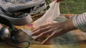 Kleenex Wet Wipes TV Spot, 'Explorer' - Thumbnail 9