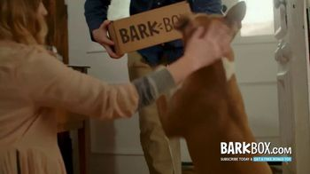 BarkBox TV Spot, 'Mailman' - Thumbnail 5