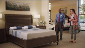Havertys Memorial Day Mattress Sale TV Spot, 'Here to Help' - Thumbnail 6