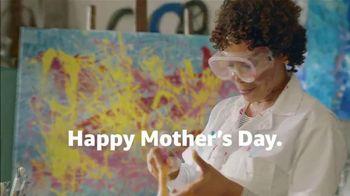 Amazon TV Spot, '2018 Mother's Day: Painter' - Thumbnail 8