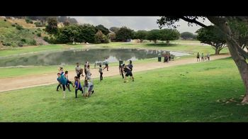 Verizon TV Spot, 'Running Club' Featuring Thomas Middleditch - Thumbnail 1