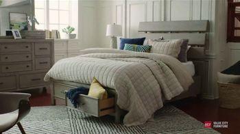 Value City Furniture Pre-Memorial Sale TV Spot, 'Urban Farmhouse' - Thumbnail 4