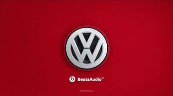 2019 Volkswagen Jetta TV Spot, 'Betta Getta Jetta: BeatsAudio'