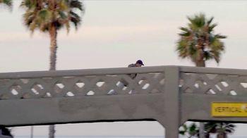 LifeProof FRE TV Spot, 'Surfing' Song by The Brian Jonestown Massacre - Thumbnail 3