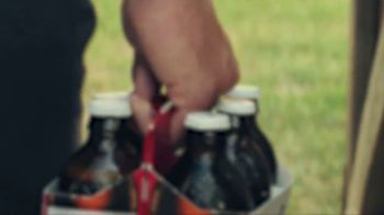 Budweiser Freedom Reserve TV Spot, 'Introducing the Red Lager' [Spanish] - Thumbnail 1