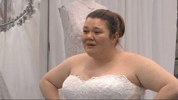 2018 Honda Civic LX TV Spot, 'Random Acts of Helpfulness: Wedding Dress' [T2]