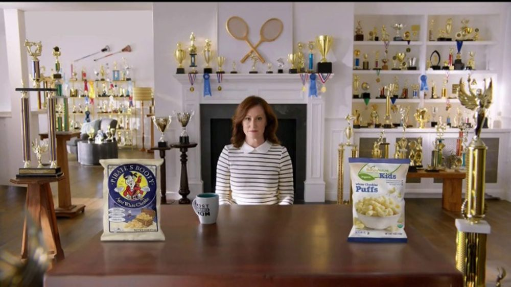 ALDI SimpyNature White Cheddar Puffs TV Commercial, 'Awards Family'