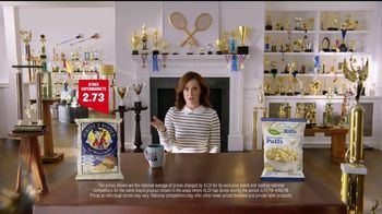 ALDI SimpyNature White Cheddar Puffs TV Spot, 'Awards Family' - Thumbnail 2