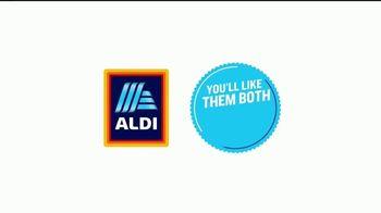 ALDI SimpyNature White Cheddar Puffs TV Spot, 'Awards Family' - Thumbnail 8
