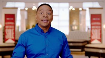 Rooms to Go Memorial Day Mattress Sale TV Spot, 'Twins' - Thumbnail 6