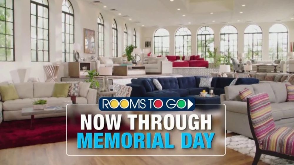 rooms to go tv commercial 2018 memorial day cindy crawford home rh ispot tv