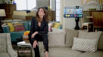 Rooms to Go TV Spot, 'Memorial Day: Cindy Crawford Home' - Thumbnail 3