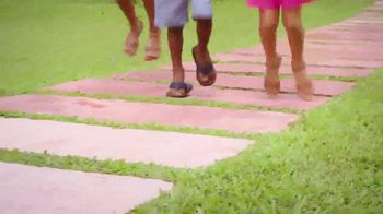 Payless Shoe Source TV Spot, 'Una fiesta' [Spanish] - Thumbnail 7