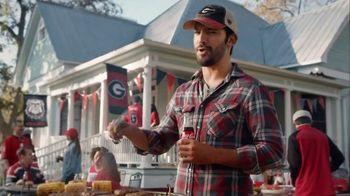 Coca-Cola TV Spot, 'Food Fueds: Ribs vs. Burgers' - Thumbnail 4